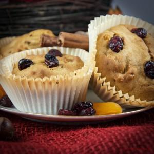 Saftige Süßkartoffel-Muffins mit Cranberries